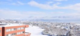 国内では珍しい全寮制学部、「東京理科大学長万部キャンパス」から見下ろす町並みが美しかった